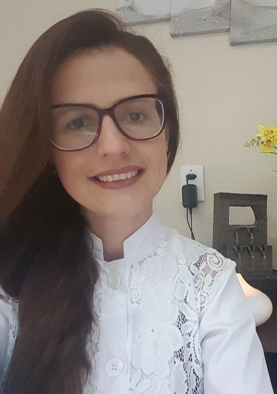 Dra. Cintia Aparecida